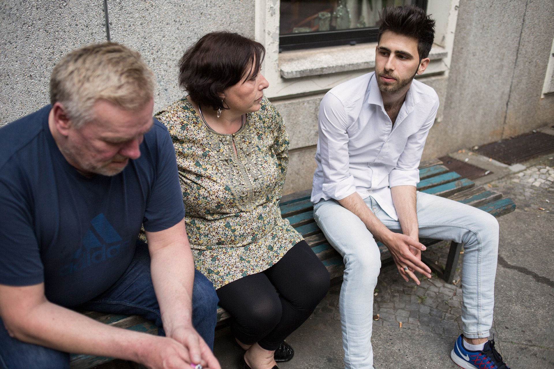 Kurze Pause mit den Kollegen aus der Volkssolidarität. Seit April ist Deaa dort als Bufdi im Einsatz. (Foto: Johannes Heinke)