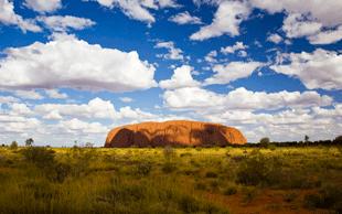 Ayers Rock, der heilige Berg der Aborigines   © picture-alliance/dpa (Foto: picture-alliance/dpa)