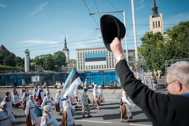 Blau, Weiß und Schwarz: Der estnische Patriotismus ist entspannter als in vielen anderen Ländern (Fabian Weiß)