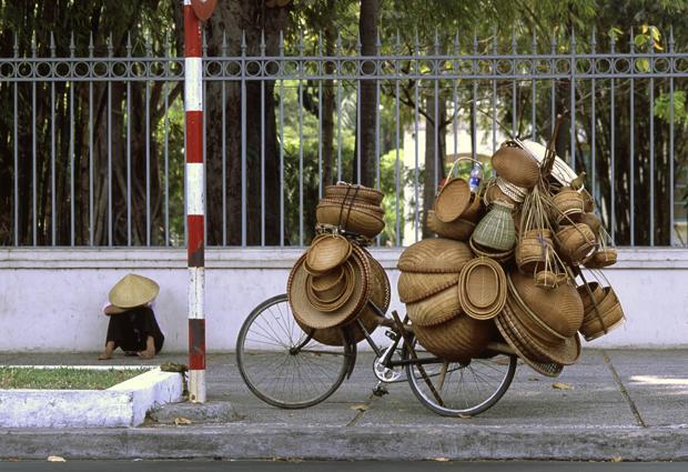 Nicht lang ist es her, da war Vietnam ein sehr ursprüngliches Land, in dem es nur wenig Kunststoff gab (Foto: Mario Weigt/ Anzenberger)
