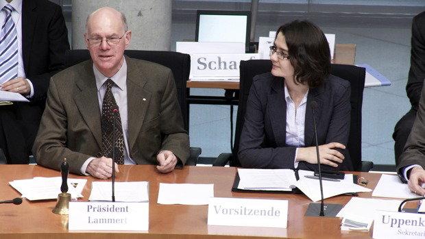 Durchstarterin: Daniela Kolbe neben Bundestagspäsident Norbert Lammert von der CDU (Foto: Thomas Doberitzsch)