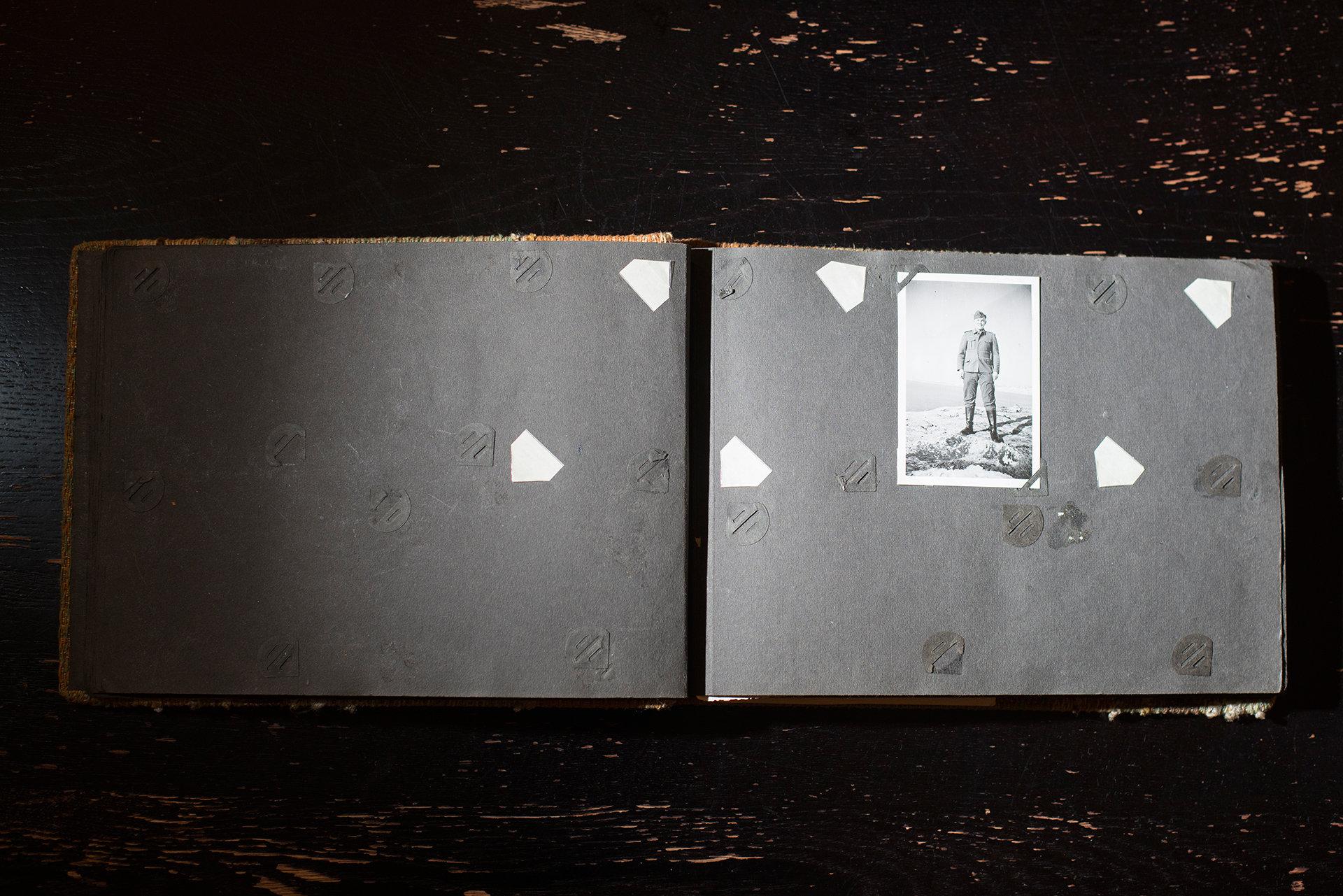 Fotoalbum mit Nazi vom Flohmarkt