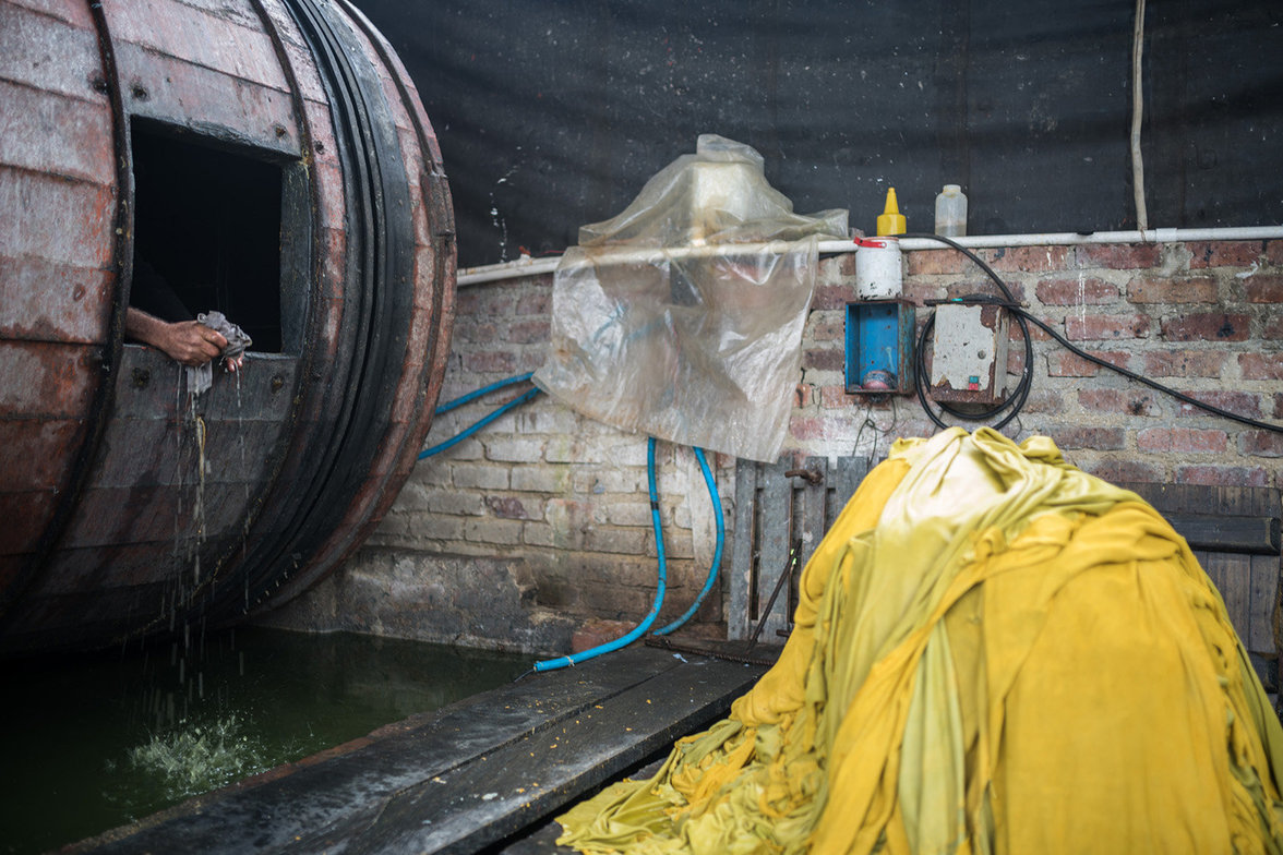 Gerberei in Villapinzon mit Chemikalien