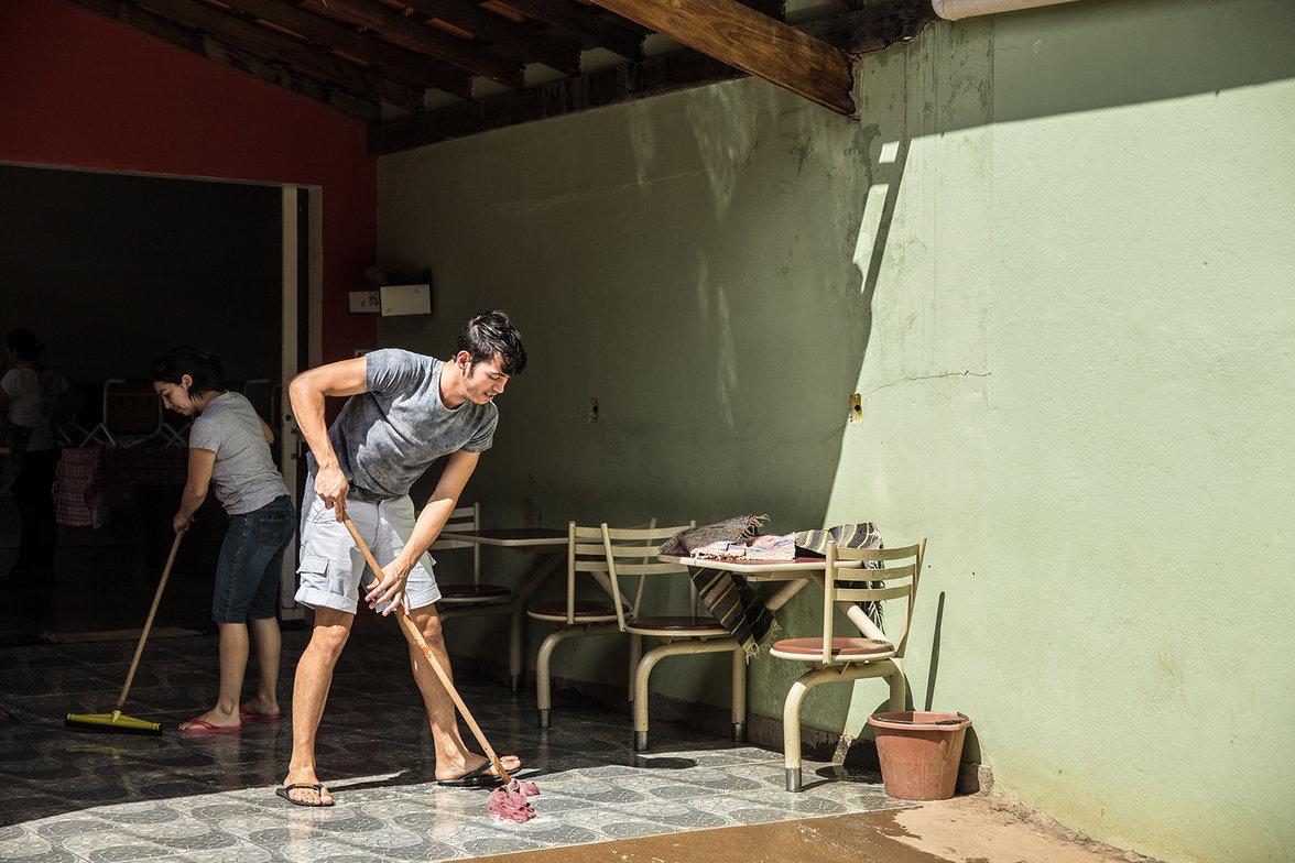 Putzdienst im Gemeinschaftshaus