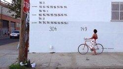 Bei den Bildern des Künstlers Sebastian ErraZuriz geht es nicht um zivile Opfer. Er will zeigen, dass doppelt so viele US-Soldaten durch Suizid nach dem Kampfeinsatz sterben als durch feindliches Feuer währenddessen