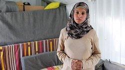 Muzoon ist eine kleine Berühmtheit im Camp. Sie setzt sich gegen Kinderehen ein, schreibt gegen das Unrecht, betreibt Aufklärungsarbeit