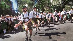 Juchuchuu: Noch immer findet jahrlich in New York eine Parade mit deutscher Folklore statt
