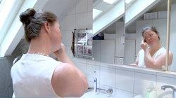Lilian vorm Spiegel